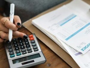 6 Signs that indicate the need for an Accountant for your business